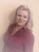 Yvonne Schrader